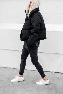 d2d61f2162ef4d7258ac38faf124f421--black-puffer-jacket-puffer-coat