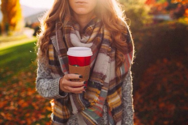 inl53e-l-610x610-scarf-style-fashion-fall+outfits-plaid-tumblr+outfit-tumblr-starbucks+coffee-autumn+winter-warm-cozy-fall+colors